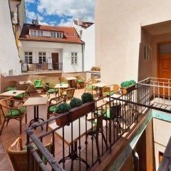 Отель Charles Bridge Apartments Чехия, Прага - отзывы, цены и фото номеров - забронировать отель Charles Bridge Apartments онлайн балкон