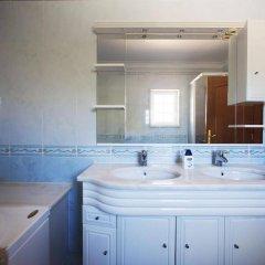 Отель Casa Da Luisa Guesthouse Португалия, Кашкайш - отзывы, цены и фото номеров - забронировать отель Casa Da Luisa Guesthouse онлайн ванная