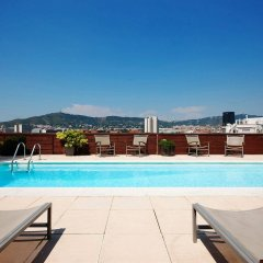 Отель NH Barcelona Stadium бассейн фото 3
