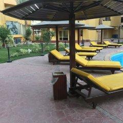 Отель Pool View Apart At British Resort 1532 бассейн