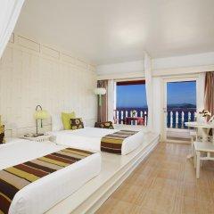 Отель Aquamarine Resort & Villa комната для гостей