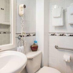 Отель Sandcastles Beach Resort ванная фото 2