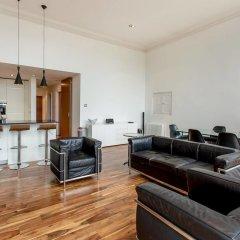 Отель Location, Location! North Bank Street Luxury Apt Эдинбург комната для гостей фото 5