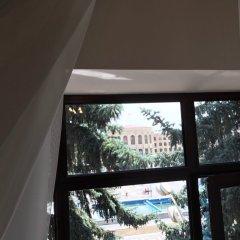 Отель Plaza Viktoria Армения, Гюмри - отзывы, цены и фото номеров - забронировать отель Plaza Viktoria онлайн комната для гостей