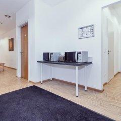 Carl Hostel München Мюнхен комната для гостей фото 3
