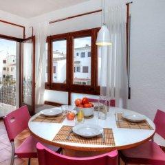 Отель Sant Carles Льянса в номере