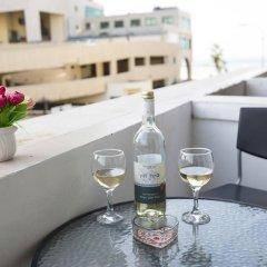 Sweet Inn Apartments Tel Aviv Израиль, Тель-Авив - отзывы, цены и фото номеров - забронировать отель Sweet Inn Apartments Tel Aviv онлайн балкон