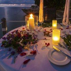 Отель Matangi Private Island Resort
