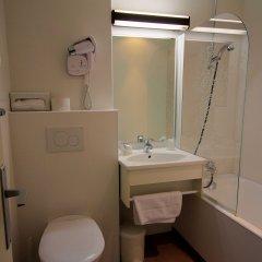 Отель Hôtel Des Trois Gares ванная