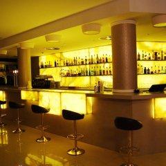 Отель Beverly Park & Spa Испания, Бланес - 10 отзывов об отеле, цены и фото номеров - забронировать отель Beverly Park & Spa онлайн гостиничный бар