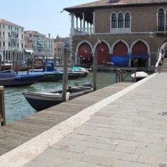 Отель Le Repubbliche Marinare Guesthouse Италия, Венеция - 1 отзыв об отеле, цены и фото номеров - забронировать отель Le Repubbliche Marinare Guesthouse онлайн приотельная территория