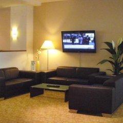 Отель Artis Suite Hotel Германия, Дрезден - отзывы, цены и фото номеров - забронировать отель Artis Suite Hotel онлайн интерьер отеля фото 2