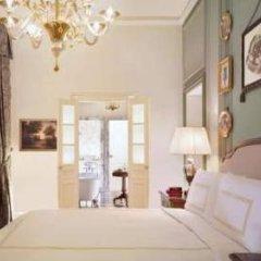 Four Seasons Hotel Firenze 5* Номер Делюкс с различными типами кроватей фото 7