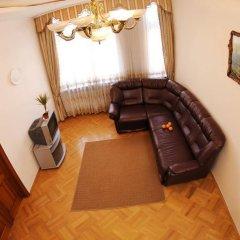 Гостиница Austrian Lviv Apartments Украина, Львов - отзывы, цены и фото номеров - забронировать гостиницу Austrian Lviv Apartments онлайн комната для гостей фото 4