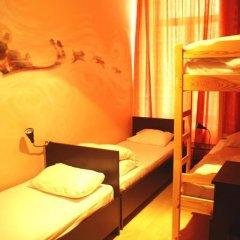 Хостел Бабушка Хаус Кровать в общем номере с двухъярусной кроватью фото 12