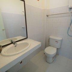 Отель Chan Pailin Mansion ванная