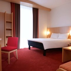Отель Ibis Lyon Centre Perrache Франция, Лион - 1 отзыв об отеле, цены и фото номеров - забронировать отель Ibis Lyon Centre Perrache онлайн комната для гостей фото 3