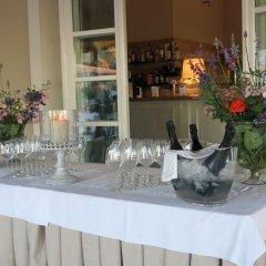 Отель Villaggio Conero Azzurro Италия, Нумана - отзывы, цены и фото номеров - забронировать отель Villaggio Conero Azzurro онлайн гостиничный бар