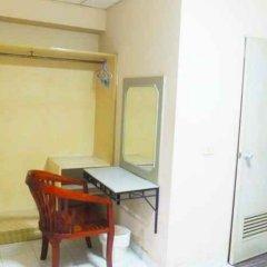 Отель Little Home Guesthouse Паттайя удобства в номере фото 2