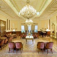 Отель Grand Hotel Trieste & Victoria Италия, Абано-Терме - 2 отзыва об отеле, цены и фото номеров - забронировать отель Grand Hotel Trieste & Victoria онлайн интерьер отеля фото 3