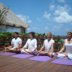 Отель Oasis Cancun Lite фитнесс-зал