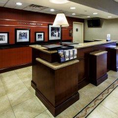 Отель Hampton Inn & Suites Staten Island США, Нью-Йорк - отзывы, цены и фото номеров - забронировать отель Hampton Inn & Suites Staten Island онлайн интерьер отеля фото 3