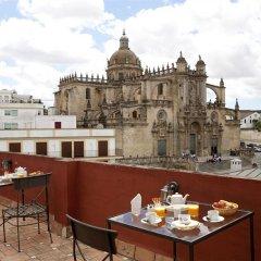Отель Jeys Catedral Jerez Испания, Херес-де-ла-Фронтера - отзывы, цены и фото номеров - забронировать отель Jeys Catedral Jerez онлайн балкон