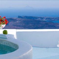 Отель Aliko Luxury Suites Греция, Остров Санторини - отзывы, цены и фото номеров - забронировать отель Aliko Luxury Suites онлайн бассейн фото 3