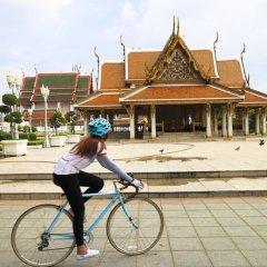 Отель Riva Surya Bangkok спортивное сооружение