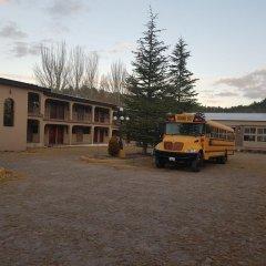 Hotel Cascada Inn парковка