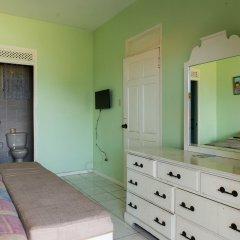 Отель Donway, A Jamaican Style Village Ямайка, Монтего-Бей - отзывы, цены и фото номеров - забронировать отель Donway, A Jamaican Style Village онлайн удобства в номере