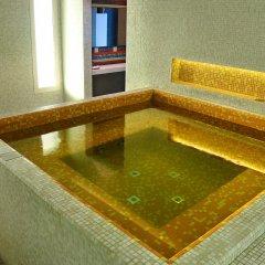 Hues Boutique Hotel бассейн фото 2