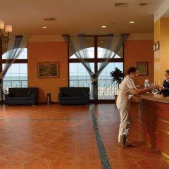 Отель Riu Helios Bay Болгария, Аврен - отзывы, цены и фото номеров - забронировать отель Riu Helios Bay онлайн интерьер отеля
