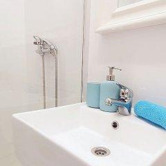 Отель Charming Santa Isabel Испания, Мадрид - отзывы, цены и фото номеров - забронировать отель Charming Santa Isabel онлайн ванная