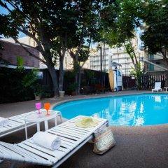 Отель Castle Waikiki Grand Hotel США, Гонолулу - отзывы, цены и фото номеров - забронировать отель Castle Waikiki Grand Hotel онлайн бассейн фото 2