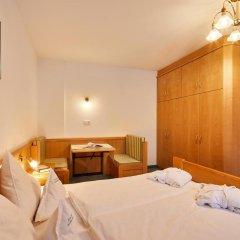 Отель Garni Appartements Arnika Стельвио комната для гостей фото 3