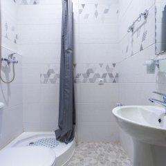 Гостиница LeoHotels Manufactura в Санкт-Петербурге отзывы, цены и фото номеров - забронировать гостиницу LeoHotels Manufactura онлайн Санкт-Петербург ванная фото 5