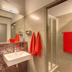 Отель Meininger Brussels City Center Брюссель ванная фото 2