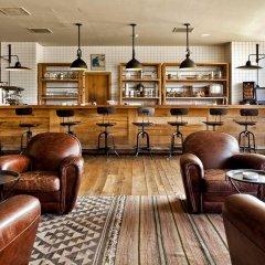 Отель Rooms Kazbegi Степанцминда гостиничный бар