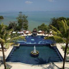 Отель Supalai Resort And Spa Phuket бассейн