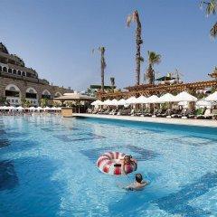 Crystal Sunset Luxury Resort & Spa Турция, Сиде - 1 отзыв об отеле, цены и фото номеров - забронировать отель Crystal Sunset Luxury Resort & Spa - All Inclusive онлайн бассейн