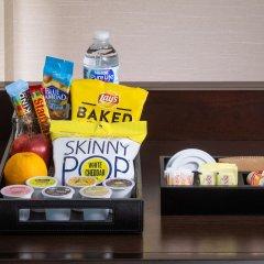 Отель Hilton Garden Inn Queens/JFK Airport США, Нью-Йорк - 1 отзыв об отеле, цены и фото номеров - забронировать отель Hilton Garden Inn Queens/JFK Airport онлайн