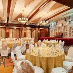 Отель Radisson Blu Hotel & Resort ОАЭ, Эль-Айн - отзывы, цены и фото номеров - забронировать отель Radisson Blu Hotel & Resort онлайн помещение для мероприятий фото 2
