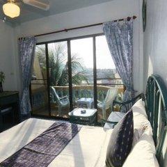 Отель Patong Sunbeach Mansion комната для гостей фото 2
