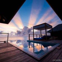 Отель Coco Bodu Hithi бассейн фото 5