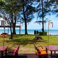 Отель Cocotero Resort The Hidden Village Ланта пляж