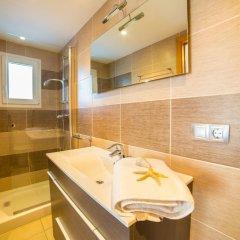Отель Agi Drugstore Apartments Испания, Курорт Росес - отзывы, цены и фото номеров - забронировать отель Agi Drugstore Apartments онлайн ванная