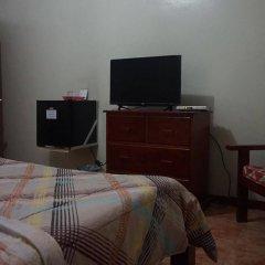 Отель Phoenix Hotel Филиппины, Пампанга - отзывы, цены и фото номеров - забронировать отель Phoenix Hotel онлайн комната для гостей фото 3