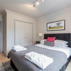Апартаменты Hoxton 2 Bed Apartment by BaseToGo комната для гостей фото 3