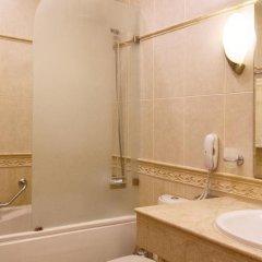 Отель Grand Hotel London Болгария, Варна - 1 отзыв об отеле, цены и фото номеров - забронировать отель Grand Hotel London онлайн ванная фото 2